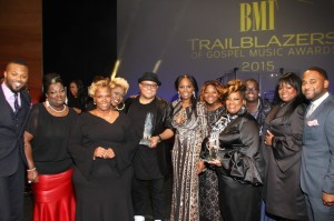 The Anointed Pace Sisters and Israel Houghton (center) are BMI Executive Director, Writer-Publisher Relations Wardell Malloy (far left), BMI Vice President, Writer-Publisher Relations Catherine Brewton, and BMI Director, Writer-Publisher Relations Byron Wright.  photo cred: Arnold Turner